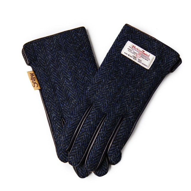 Ladies Gloves made with Harris Tweed and touch screen leather, fleece lined.